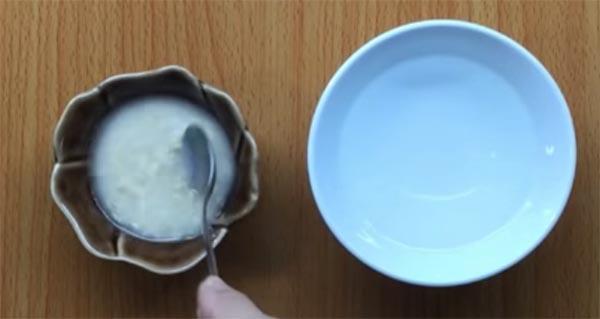 Cháo yến mạch trộn sữa cho bé (2)
