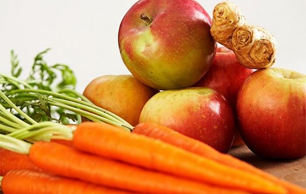 Lợi ích của táo và cà rốt đối với trẻ?