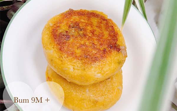 Bánh bí đỏ thịt bò phomai cho bé 8 - 9 tháng tuổi | Ảnh Liên Lê