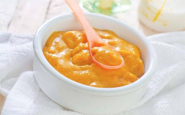Món cà rốt nghiền cho bé ăn dặm