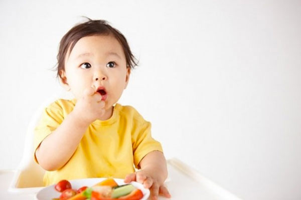 Nhu cầu dinh dưỡng của bé 9 tháng tuổi